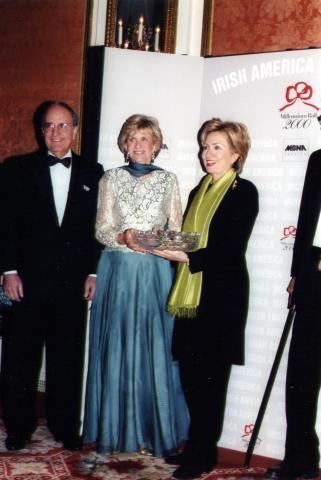 Jean Kennedy Smith, George Mitchell, Hillary Clinton - New York - 05-12-1999 - Hillary Clinton:
