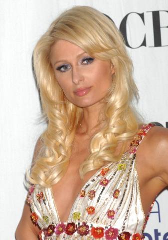Paris Hilton - Los Angeles - 07-01-2009 - ParisHilton.com bersaglio di ladri informatici