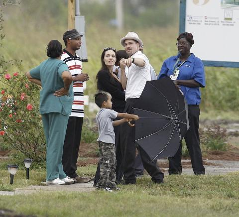 Angelina Jolie, Brad Pitt - New Orleans - 08-10-2008 - Ancora un'adozione per Angelina Jolie e Brad Pitt