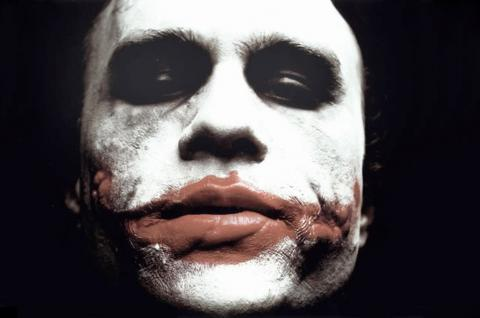 Heath Ledger Joker - 17-08-2007 - Spetta a Matilda Ledger il Golden Globe di suo padre Heath