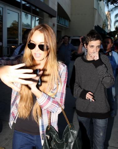 Samantha Ronson, Lindsay Lohan - Hollywood - 14-01-2009 - Lindsay Lohan dà la colpa ai paparazzi per gli incidenti del 2007
