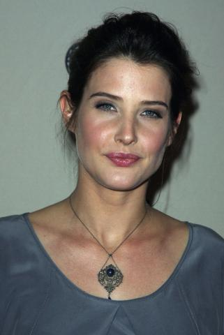 Cobie Smulders - Hollywood - 27-01-2009 - Kal Penn torna in televisione in How I met your mother