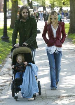 Chris Robinson, Kate Hudson - Boston - 12-05-2005 - Brad Pitt e Kate Hudson: sbirciatina agli ex della nuova coppia!
