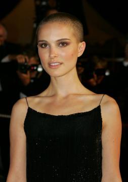 Natalie Portman - Cannes - Kristen Stewart ci ha dato un taglio... definitivo!