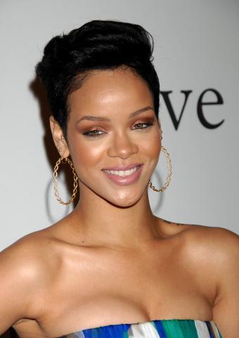 Rihanna - Beverly Hills - 07-02-2009 - Terrificanti le lesioni inflitte da Chris Brown a Rihanna