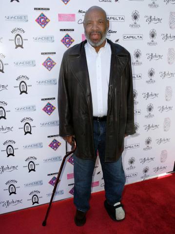 James Avery - Los Angeles - 10-02-2009 - James Avery dichiarato morto si infuria con Twitter