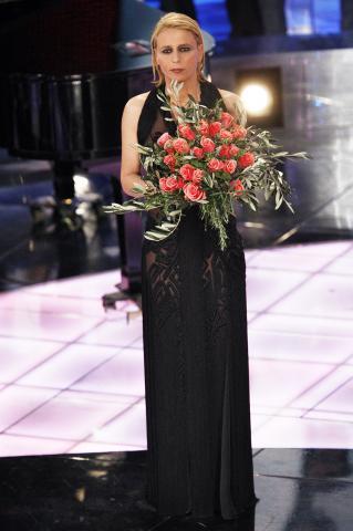 Maria De Filippi - Sanremo - 22-02-2009 - La signora di Mediaset