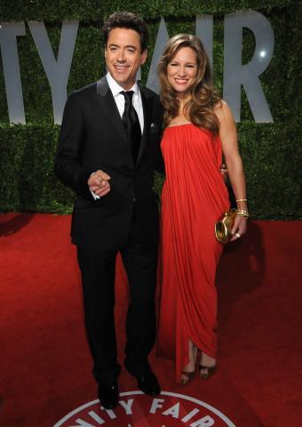 Susan Levin, Robert Downey Jr - West Hollywood - 22-02-2009 - Vacanza romantica con il pancione per Robert Downey jr e Susan Levin