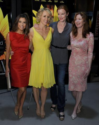 Dana Dela, Felicity Huffman, Marcia Cross, Eva Longoria - Beverly Hills - 02-03-2009 - Le attrici di Desperate Housewives ottengono un aumento, il telefilm avra' l'ottava stagione