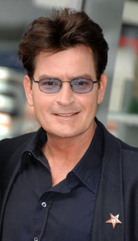 Charlie Sheen - Hollywood - 16-03-2009 - Due gemelli per Charlie Sheen