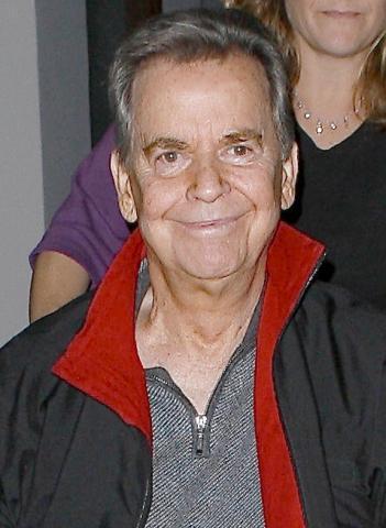 Dick Clark - Malibu - 19-03-2009 - In vendita la casa dei Flinstones, appartiene al conduttore Dick Clark