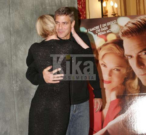 Renee Zellweger, George Clooney - Roma - 11-04-2008 - George Clooney gay? Chiedetelo a Brad Pitt