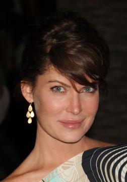 Lara Flynn Boyle - West Hollywood - 21-06-2005 - Lara Flynn Boyle conferma le nozze