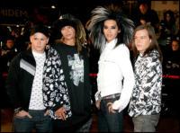 Tokyo Hotel - Cannes - 15-07-2009 - Batterista dei Tokio Hotel aggredito in discoteca