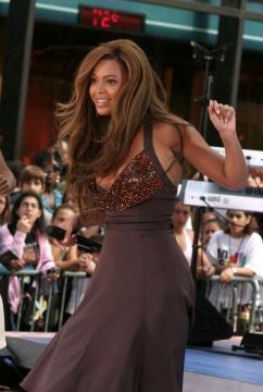 Beyonce Knowles - Jennifer Lopez ha perso le sue curve