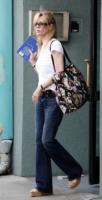 Kim Basinger - Santa Monica - 14-07-2006 - Kim Basinger in trattativa per The Death and Life of Charlie St. Cloud