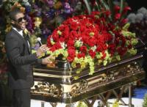 bara Michael Jackson - Los Angeles - 07-07-2009 - Michael Jackson verra' sepolto il giorno del suo 51esimo compleanno