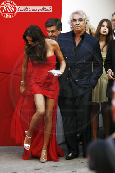 Elisabetta Gregoraci, Flavio Briatore - Venezia - 03-09-2009 - Attenti al gradino e non solo: i passi falsi delle star