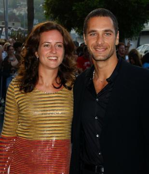 """Chiara Giordano, Raoul Bova - Los Angeles - 13-07-2005 - Sfogo Raoul Bova: """"Con Chiara è finita, ma non sono gay"""""""