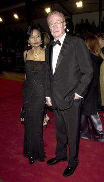 Shakira Caine, Michael Caine - Londra - 07-04-2005 - Michael Caine vuole la leva obbligatoria in Gran Bretagna