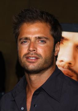 David Charvet - Hollywood - 24-08-2005 - Gli attori di Baywatch: com'erano ieri e come sono oggi