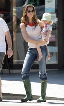 Brooke Shields - Brentwood - 28-08-2005 - Brooke Shields da alla luce il suo secondo figlio