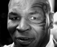 Mike Tyson - 03-11-2009 - Mike Tyson arrestato all'aeroporto per aver picchiato un paparazzo