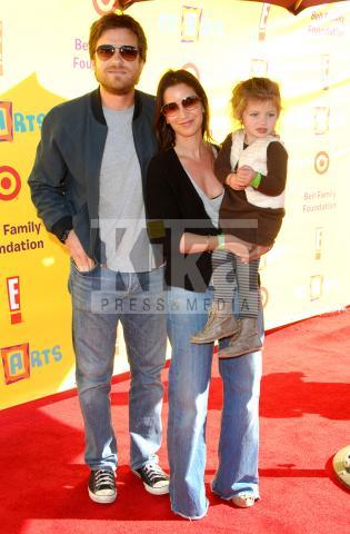 Amanda Anka, Jason Bateman - Santa Monica - 15-11-2009 - Nata la bambina di Jason Bateman e Amanda Anka