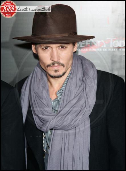 Johnny Depp - Los Angeles - 16-11-2009 - Johnny Depp aiuta l'amico Nicolas Cage a risanare i debiti