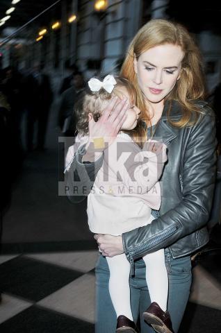 Nicole Kidman - New York - 17-11-2009 - Nicole Kidman felice di fare solo la mamma