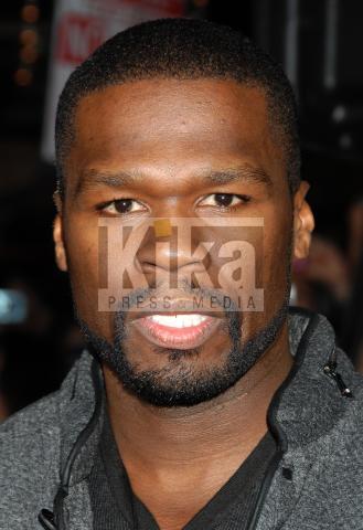 50 Cent - Los Angeles - 16-11-2009 - 50 Cent ha tolto i tatuaggi sulle braccia per fare l'attore
