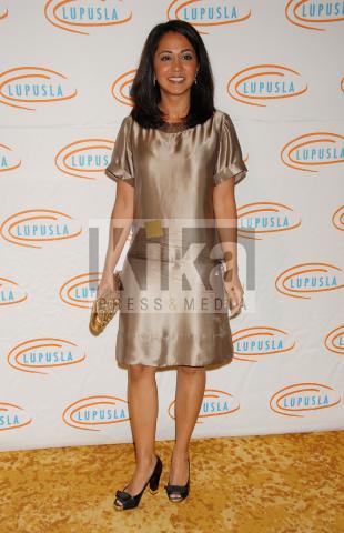 Parminder Nagra - Los Angeles - 18-11-2009 - Parminder Nagra chiede il divorzio
