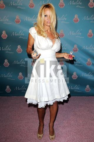 Pamela Anderson - Fort Lauderdale - 06-11-2009 - Pamela Anderson ammette di aver provato droghe