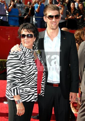 Deborah Phelps, Michael Phelps - Los Angeles - 15-07-2009 - Michael Phelps ha evaso le tasse