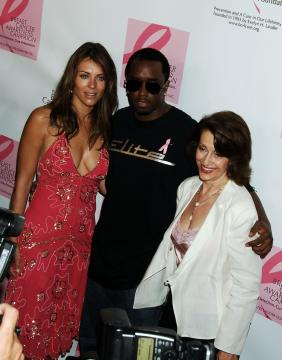 Evelyn Lauder, Puff Daddy, Elizabeth Hurley - New York - 18-09-2005 - Morta Evelyn Lauder, fondatrice della campagna Pink Ribbon