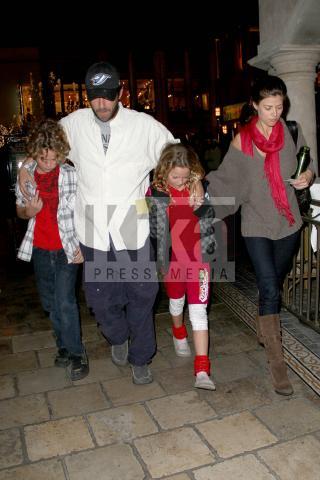 Sophie Perry, Luke Perry - Los Angeles - 24-11-2009 -  Luke Perry, ecco a quanto ammonta l'eredità per i figli