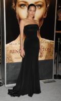 Angelina Jolie - Los Angeles - 29-12-2009 - Angelina Jolie e le (rarissime) volte che ha scelto il colore