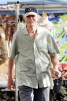 Clint Eastwood - Maui - 13-01-2010 - Clint Eastwood 'compra' i suoi ricordi