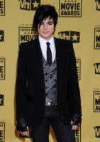 Adam Lambert - Hollywood - 15-01-2010 - Sandra Bullock e Meryl Streep migliori attrici a pari merito ai Critics' Choice Awards