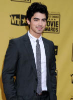 Joe Jonas - Hollywood - 15-01-2010 - Sandra Bullock e Meryl Streep migliori attrici a pari merito ai Critics' Choice Awards