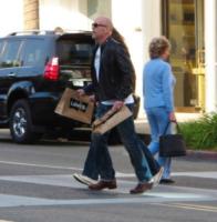 Bruce Willis - Los Angeles - 02-12-2009 - Bruce Willis gira Red a Toronto
