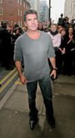 Simon Cowell - Manchester - 21-01-2010 - Simon Cowell ha messo incinta la moglie di un suo amico