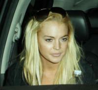 Lindsay Lohan - Los Angeles - 10-01-2010 - A processo per i furti alle star, indossano la collana di Lindsay Lohan
