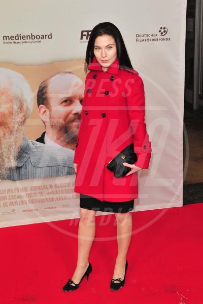 Nora Von Waldstaetten - Berlino - 28-01-2010 - Corto e colorato: ecco il cappotto di primavera