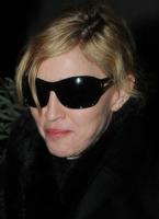 Madonna - Londra - 26-01-2010 - Madonna investe un milione e mezzo di dollari in latte di cocco