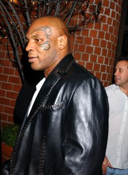 Mike Tyson - Tyson arrestato per possesso di cocaina