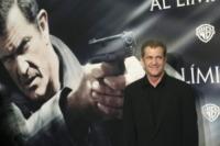 Mel Gibson - Madrid - 01-02-2010 - Mel Gibson dorme con la pistola