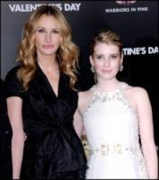 Emma Roberts, Julia Roberts - Los Angeles - 08-02-2010 - Emma Roberts rifiuta San Valentino