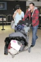 Doug Reinhardt, Paris Hilton - Los Angeles - 11-02-2010 - Kathy Hilton nega un matrimonio imminente della figlia Paris