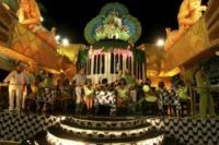 Carnevale di Rio de Janeiro - Rio de Janeiro - 16-02-2010 - John Cusack e Johnny Knoxville al Carnevale di Rio per un film